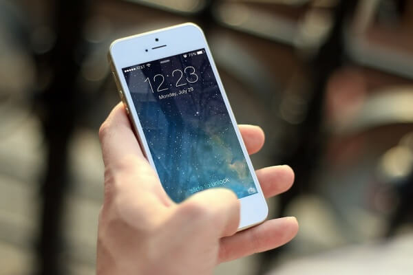 bf4aebda0a96f6 2 astuces pour résilier gratuitement son forfait mobile (et garder son  smartphone)