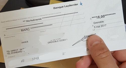 Voilà l un des chèques que j ai pu recevoir de la part de Moolineo. J ai  bien entendu masqué les informations sensibles, mais l important est là    ça fait ... 42ae2793928a
