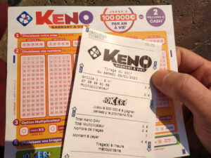 ticket et grille de Keno